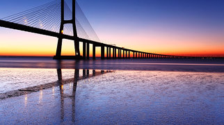 Vasco da Gama Bridge>