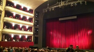 Opéra populaire (Vienne)>