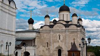 Введенский Владычный монастырь>