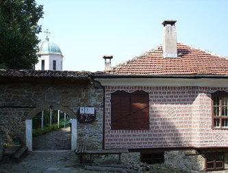 Церковь Святых архангелов Михаила и Гавриила (Арбанаси)