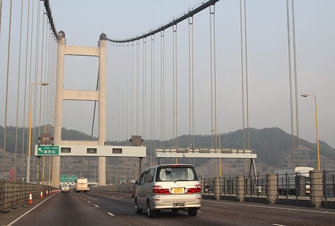 Westbound on the Tsing Ma Bridge
