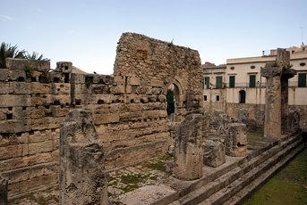 2009-03-22 03-29 Sizilien 505 Syrakus, Tempio di Apollo