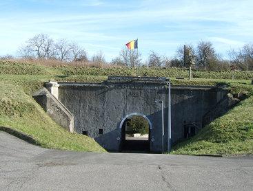 Entry of Evegnée fort