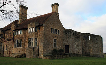 Leybourne castle