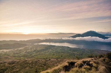 Sunrise in Batur, HDR Version