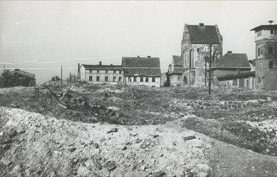 Świdwin gruzowisko po zniszczeniach wojennych w 1945 Schivelbein Steintor