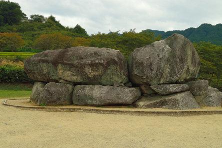 石舞台古墳1・Isibutai Tomb Stone