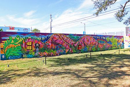 #artbasel #artbaselmiami #miamiart #miami #graffitiporn #miamigraffiti #wynwood #graffiti #wynwoodar
