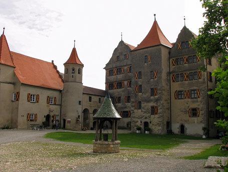Burg Harburg - Burghof, Fürstenbau