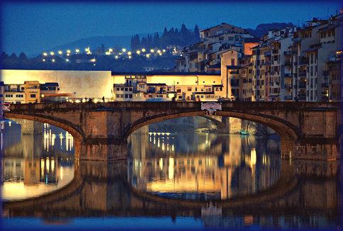 Firenze si specchia nell'Arno, una sera d'inverno...