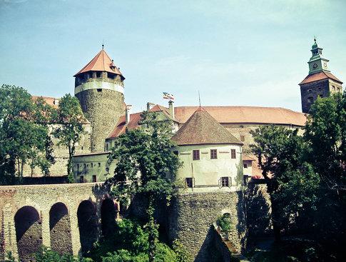 Castle of Szalónak - Szalónak vára - Der Stadtschlaininger Burg