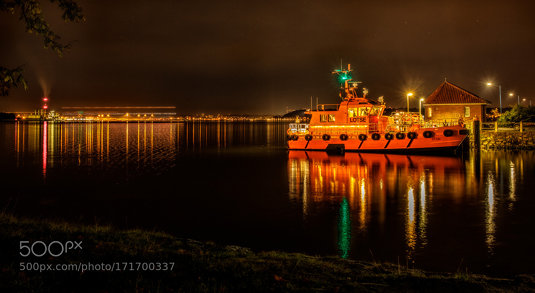 Kiel-Canal-Pilot Station at night