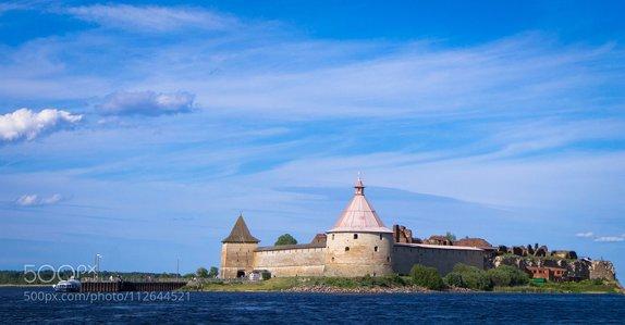 Oreshek fortress (island)