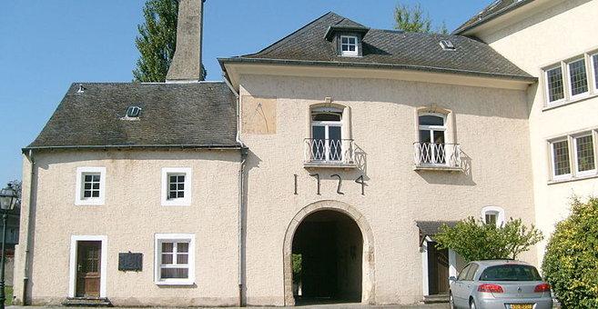 Bech-Kleinmacher - Stadtbredimus Castle