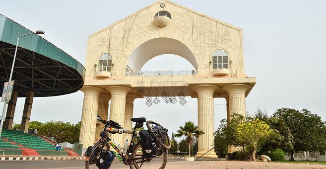 Banjul - Arch 22