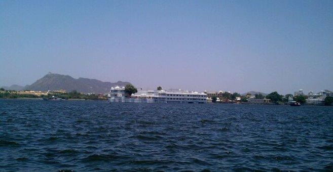 Oodeypore - Lake Pichola