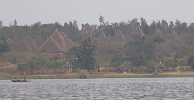 Kwisigu - Lake Rweru