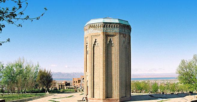Nachitschewan - Momine Khatun Mausoleum