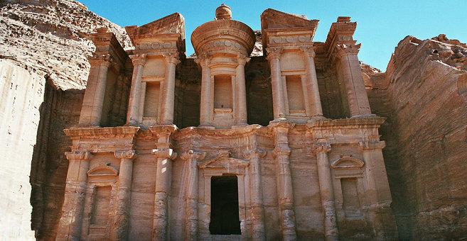 Amaun - Petra (Jordánsko)