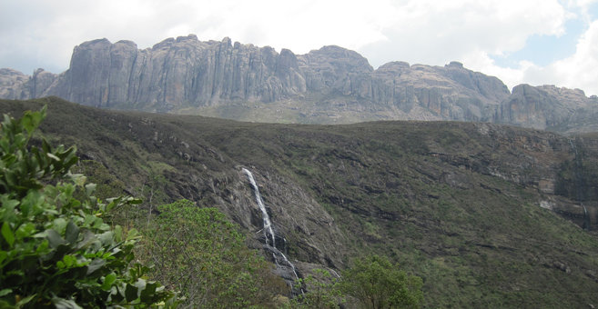 Ampasimbe - Riandahy Falls