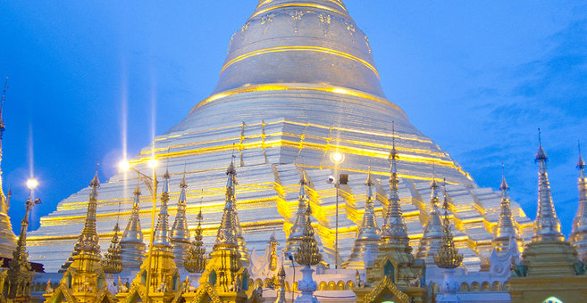 Rangoon - Shwedagon Pagoda