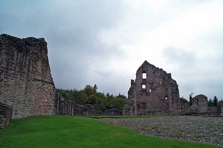 Kildrummy Castle - 03