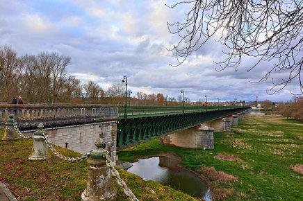 Pont Canal de Briare - Canal Lateral a la Loire, France, Avril 2015_DSC0052
