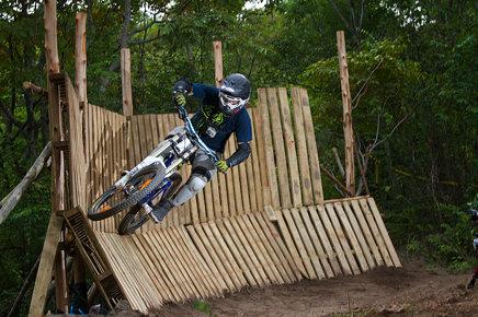 Wall Ride 1