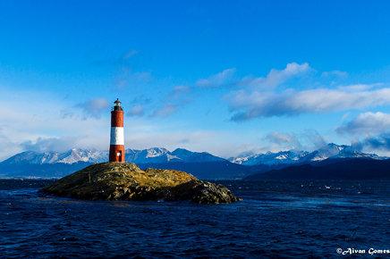 Argentina, Tierra del Fuego, Ushuaia, Canal Beagle . Faro Les Eclaireurs . Próximo à fronteira entre