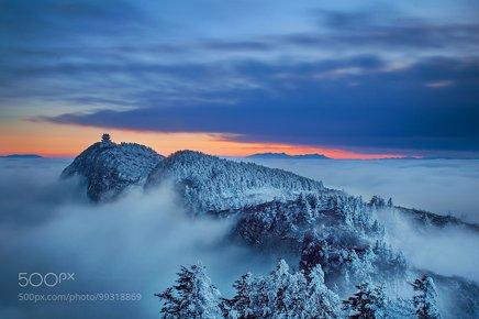峨眉山Mountain Emei
