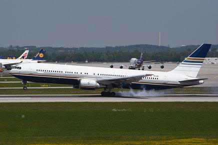 EC-LZO Boeing B767-35D(ER) EDDM 18-05-17