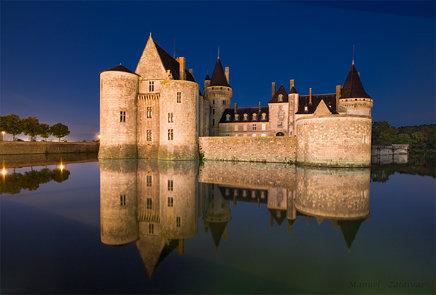 Château de SULLY-SUR-LOIRE, VALLE DEL LOIRA, FRANCIA