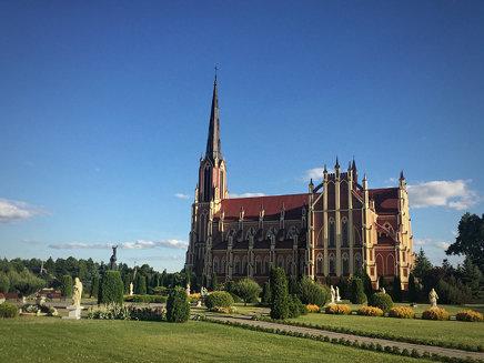 Gervyaty: The Holy Trinity Church