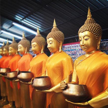 ไหว้พระกัน #Thailand