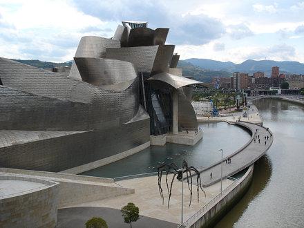 Gehry - Guggenheim Bilbao Museum, Bilbao, Spain