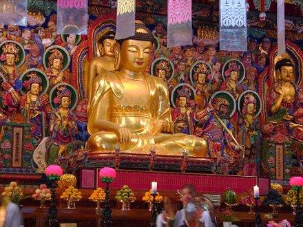 Shakyamuni Buddha inside Guinsa's 5-Story Dharma Law Hall  (Ocheung Daebeoptang) housing the impress