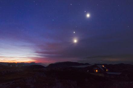 Moon, Venus, Jupiter, Mars and Regulus