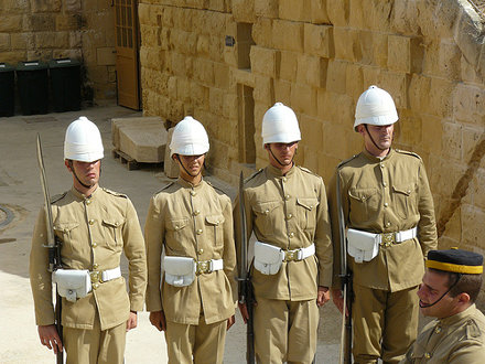 Fort Rinella, Kalkara - re-enactors & bayonet drill
