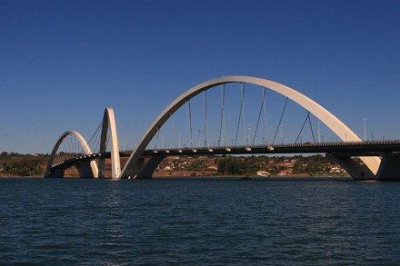 Ponte JK / JK Bridge