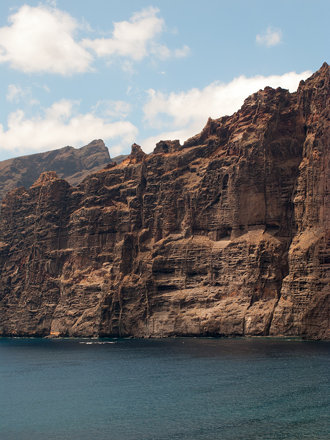 Los Gigantes, Tenerife by day