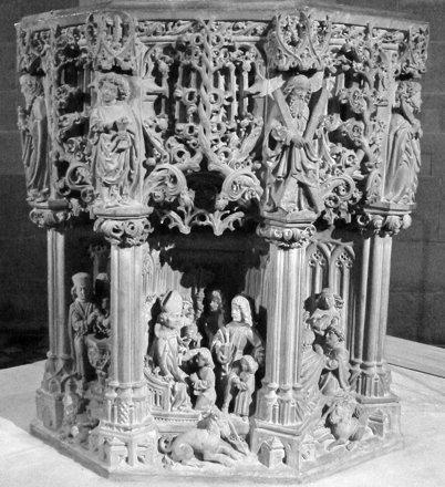 Reutlingen, Marienkirche, Taufstein 1499