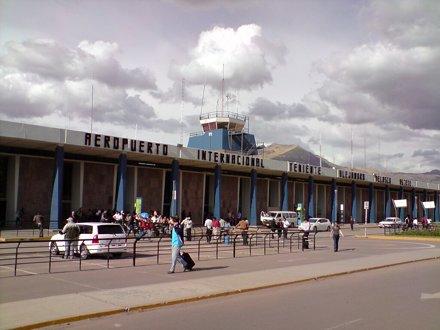 "Cusco - Aeropuerto ""Alejandro Velasco Astete"""