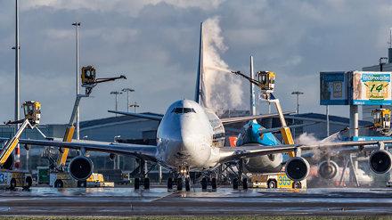 Singapore Airlines Cargo B747