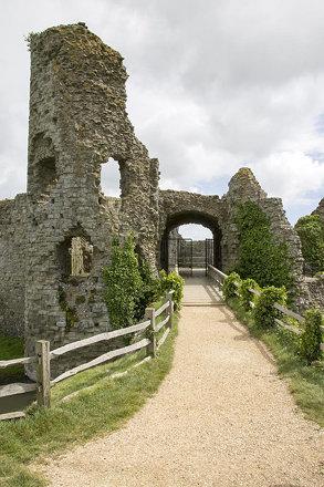 Pevensey & Castle (32)