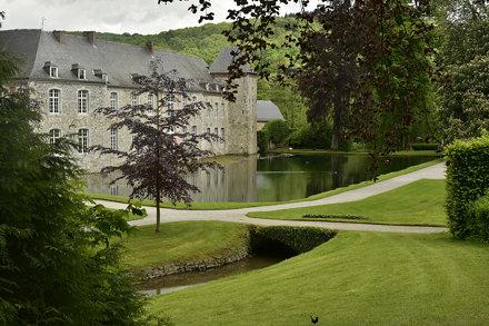 Le cadre verdoyant autour du château de Rouillons