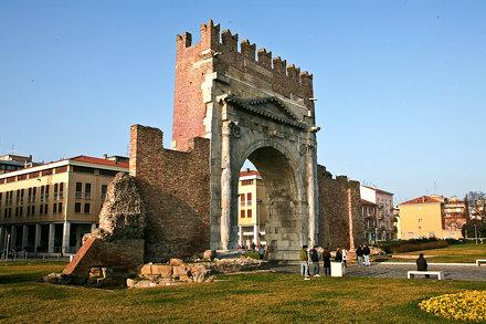Arco d'Augusto Rimini