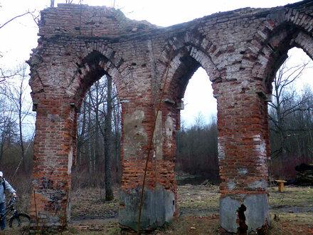 Руины Царской бани