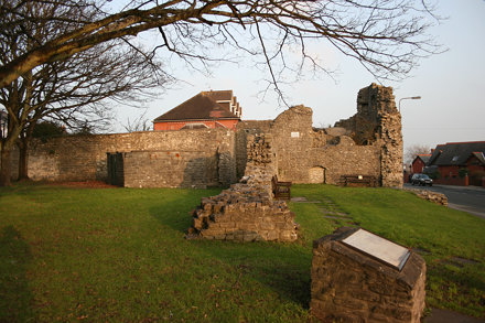 Barry Castle