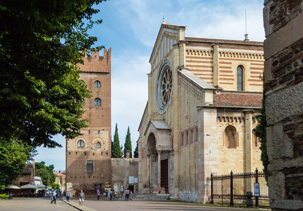 2016-07-24-102449_Verona_Piazza San Zeno