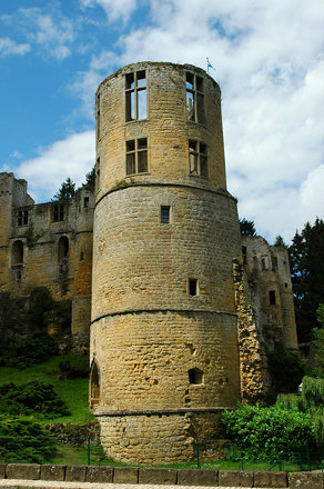 Burg Beaufort (Luxemburg)